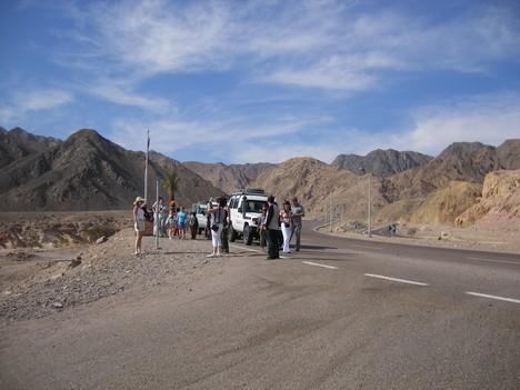 Fotografēšana uz kalnu fona
