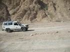 Džipu ātrums tuksnesī sasniedz pat 120 km/h 11