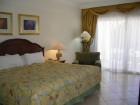 Katrā viesnīcas numurā ir vanna vai duša, balkons vai terase, kondicionieris, tālrunis, TV, mini-bārs ar ledusskapi un seifs 8