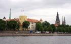 Skats uz Latvijas prezidenta pili 16