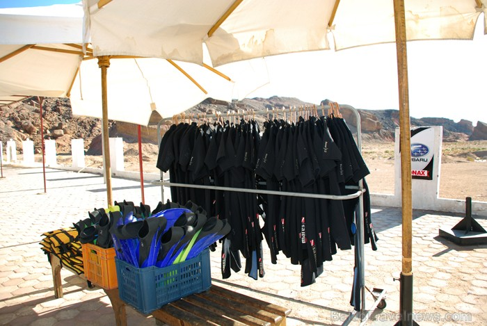 Ēģiptiešiem ūdens ir par aukstu, tādēļ jāiznomā arī hidrotērps - www.novatours.lv