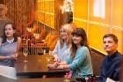 Viesnīcā «Radisson Blu Elizabete» atklāta Kristīnes Kutepovas mākslas darbu izstāde 4