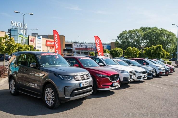 Konkursā «Latvijas Gada auto 2018» noritējis pirmais testa brauciens