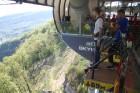 Travelnews.lv pārvar bailes no augstuma unikālajā Soču «Skypark» 21