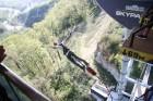 Travelnews.lv pārvar bailes no augstuma unikālajā Soču «Skypark». Atbalsta: Rosa Khutor 19