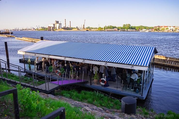 Restorāns «Hercogs» Ķīpsalā atklāj unikālu vasaras terasi ar lielisku skatu uz Vecrīgu