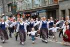 Dziesmu un deju svētku atklāšanas gājiens pulcē Rīgā visus Latvijas novadus (701-800) 88