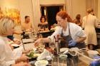 Šefpavāre Svetlana Riškova pēc pasūtījuma rīko gastronomisko piedzīvojumu «Šefpavāra galds Kempinski gaumē» 26