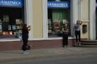 Skolēni Valmierā aicina atzīmēt Dzejas dienas 2