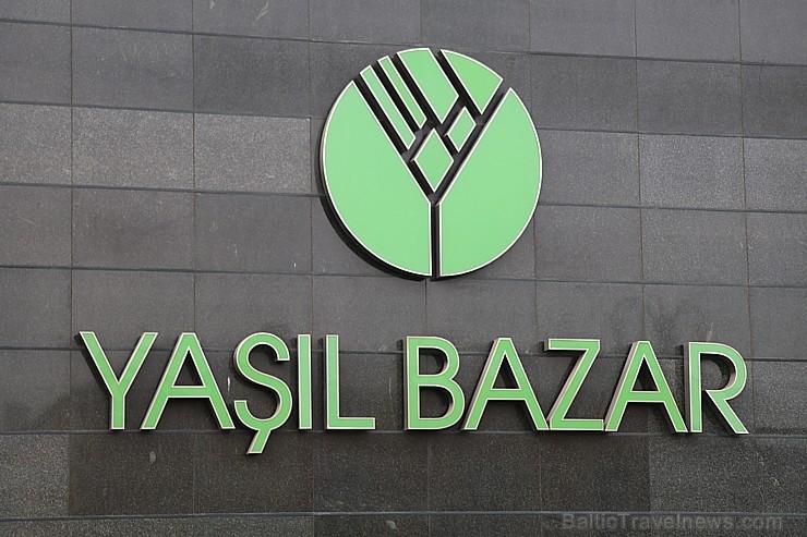 Travelnews.lv apmeklē vienu no Baku tirgiem. Sadarbībā ar Latvijas vēstniecību Azerbaidžānā un tūrisma firmu «RANTUR Travel Agency»