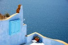 Santorini ir viens no iecienītākajiem romantiķu galamērķiem, kas vilina ar  pārsteidzošām panorāmām, romantiskiem saulrietiem un vulkānisko smilšu plu 11