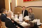 Viesnīcā «Grand Hotel Kempinski Riga»  pie pusdienu galda prezentējas uzņēmums «Moller Baltic Import» 38