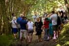 Ar krāšņu svētku atklāšanas programmu Alūksnes  pusē atklātas Veclaicenes aizsargājamo ainavu apvidū izveidotās Dabas mājas un pašapkalpošanās tūrisma 12