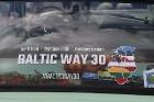 Par godu Baltijas ceļa 30. gadadienai Rīgā piestāj vēsturiski spēkrati 42