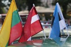Par godu Baltijas ceļa 30. gadadienai Rīgā piestāj vēsturiski spēkrati 45