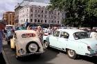 Par godu Baltijas ceļa 30. gadadienai Rīgā piestāj vēsturiski spēkrati 54