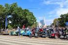 Par godu Baltijas ceļa 30. gadadienai Rīgā piestāj vēsturiski spēkrati 61