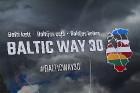 Par godu Baltijas ceļa 30. gadadienai Rīgā piestāj vēsturiski spēkrati 90