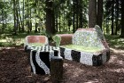 Gulbenes novadā Stradu pagasta esošajā Stāķu parkā, ir izvietots dīvāns, atpūtas krēsls un galds, uz kura var spēlēt šahu, un tas viss veidots skaistā 1