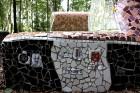 Gulbenes novadā Stradu pagasta esošajā Stāķu parkā, ir izvietots dīvāns, atpūtas krēsls un galds, uz kura var spēlēt šahu, un tas viss veidots skaistā 3