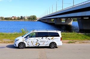 Travelnews.lv apceļo Latviju ar jauno biznesa klases mikroautobusu «Mercedes-Benz V-Klase» 10