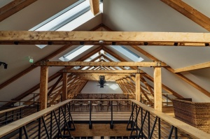 Rūmenes muižā, atzīmējot atjaunošanas 10 gadu jubileju, atklāj jaunu kultūras un svinību telpu KŪTS 9