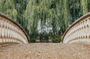 Rūmenes muižā, atzīmējot atjaunošanas 10 gadu jubileju, atklāj jaunu kultūras un svinību telpu KŪTS 5