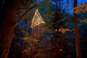 Vienkoču parkā norisinājās Uguns Nakts, kura mērķis ir vienu īso rudens dienu padarīt ilgāk gaišu, dot iespēju uzlādēt sevi ar sveču gaismu un siltumu 21
