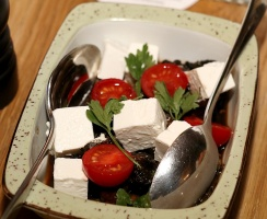 Travelnews.lv izbauda 5 zvaigžņu viesnīcas «Kingfisher Lodge» vakariņas un brokastis. Atbalsta: VisitSharjah.com un Novatours.lv 9