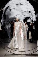 31. Rīgas modes nedēļas programma ietvērai labāko Latvijas modes mākslinieku un ārvalstu dizaineru 2020. gada pavasara-vasaras sezonas kolekciju skate 7
