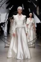 31. Rīgas modes nedēļas programma ietvērai labāko Latvijas modes mākslinieku un ārvalstu dizaineru 2020. gada pavasara-vasaras sezonas kolekciju skate 12