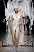 31. Rīgas modes nedēļas programma ietvērai labāko Latvijas modes mākslinieku un ārvalstu dizaineru 2020. gada pavasara-vasaras sezonas kolekciju skate 16