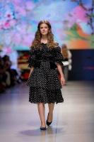 31. Rīgas modes nedēļas programma ietvērai labāko Latvijas modes mākslinieku un ārvalstu dizaineru 2020. gada pavasara-vasaras sezonas kolekciju skate 18