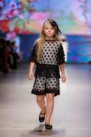 31. Rīgas modes nedēļas programma ietvērai labāko Latvijas modes mākslinieku un ārvalstu dizaineru 2020. gada pavasara-vasaras sezonas kolekciju skate 22