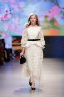 31. Rīgas modes nedēļas programma ietvērai labāko Latvijas modes mākslinieku un ārvalstu dizaineru 2020. gada pavasara-vasaras sezonas kolekciju skate 23
