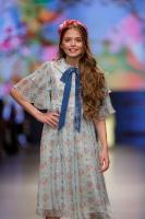 31. Rīgas modes nedēļas programma ietvērai labāko Latvijas modes mākslinieku un ārvalstu dizaineru 2020. gada pavasara-vasaras sezonas kolekciju skate 36