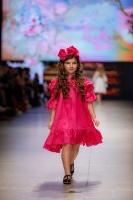 31. Rīgas modes nedēļas programma ietvērai labāko Latvijas modes mākslinieku un ārvalstu dizaineru 2020. gada pavasara-vasaras sezonas kolekciju skate 39