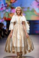 31. Rīgas modes nedēļas programma ietvērai labāko Latvijas modes mākslinieku un ārvalstu dizaineru 2020. gada pavasara-vasaras sezonas kolekciju skate 47