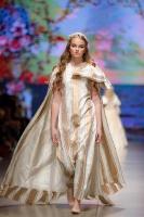 31. Rīgas modes nedēļas programma ietvērai labāko Latvijas modes mākslinieku un ārvalstu dizaineru 2020. gada pavasara-vasaras sezonas kolekciju skate 48