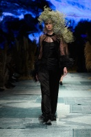 31. Rīgas modes nedēļas programma ietvērai labāko Latvijas modes mākslinieku un ārvalstu dizaineru 2020. gada pavasara-vasaras sezonas kolekciju skate 60
