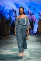 31. Rīgas modes nedēļas programma ietvērai labāko Latvijas modes mākslinieku un ārvalstu dizaineru 2020. gada pavasara-vasaras sezonas kolekciju skate 78