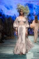 31. Rīgas modes nedēļas programma ietvērai labāko Latvijas modes mākslinieku un ārvalstu dizaineru 2020. gada pavasara-vasaras sezonas kolekciju skate 79