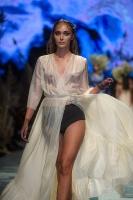 31. Rīgas modes nedēļas programma ietvērai labāko Latvijas modes mākslinieku un ārvalstu dizaineru 2020. gada pavasara-vasaras sezonas kolekciju skate 82