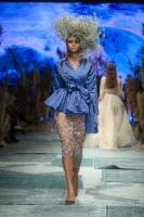 31. Rīgas modes nedēļas programma ietvērai labāko Latvijas modes mākslinieku un ārvalstu dizaineru 2020. gada pavasara-vasaras sezonas kolekciju skate 83