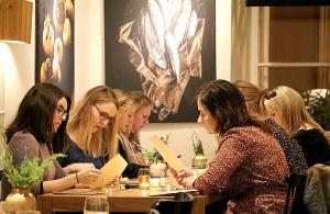 Travelnews.lv novērtē un izbauda «Valtera restorāns» jauno konceptu pēc pārbūves 41