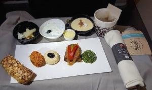 Travelnews.lv lido biznesa klasē ar «Turkish Airlines» no Rīgas uz Denpasaru caur Stambulu. Foto: ar Samsung Galaxy Note8 13