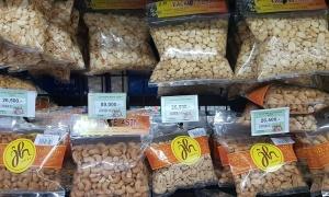 Travelnews.lv iepazīst pārtikas veikala piedāvājumu Bali salā (1 eiro - 15000 rūpijas) «Turkish Airlines» un «365 Brīvdienas» 29