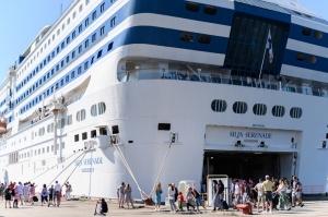 Greznais kuģis, kas parasti kursē maršrutā Helsinki – Stokholma, šovasar – jūlijā un augusta pirmajā pusē – apkalpos pagaidu maršrutu Helsinki–Rīga 14
