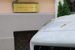 Travelnews.lv apceļo Rīgu ar jaudīgo un jauno «Porsche Cayenne GTS» 15
