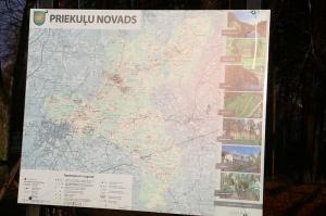 Travelnews.lv ar jauno «Renault Megane» ceļo uz Cēsīm, lai dotos maršrutā gar Līču–Laņģu klintīm 34